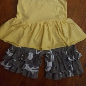 Other - Girls ruffled two piece outfit